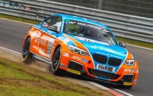 PIXUM Team Adrenalin Motorsport startet mit zwei Klassensiegen in die neue VLN-Saison